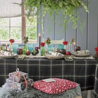 Country dining room with foliage chandelier
