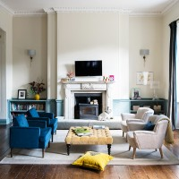 Take a look around this glamorous apartment in a historic manor house