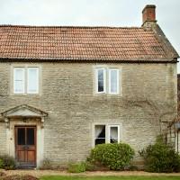 Take a tour of this Georgian farmhouse in Gloucestershire